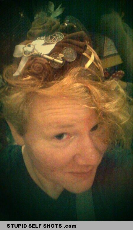 Hair or nest, selfie