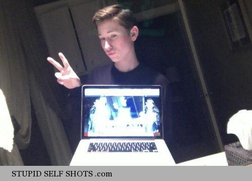 Kids laptop selfie
