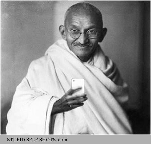 Mahatma Gandhi, selfie