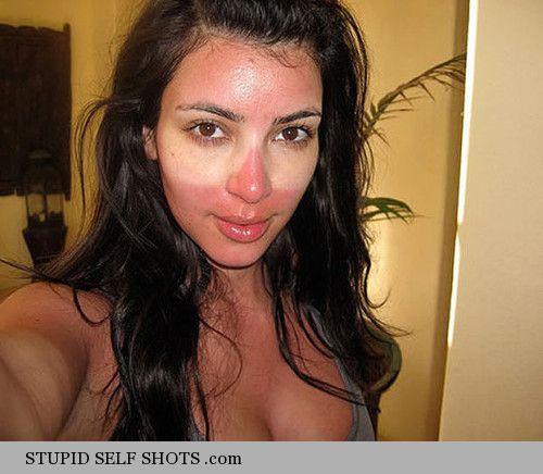 Kim Kardashian tanning fail, self shot