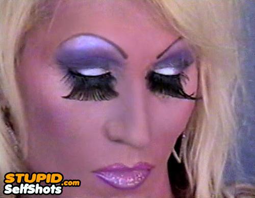 Huge eyelashes, makeup self shot fail