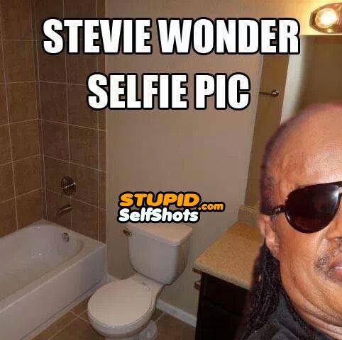 Stevie Wonder, bathroom selfie